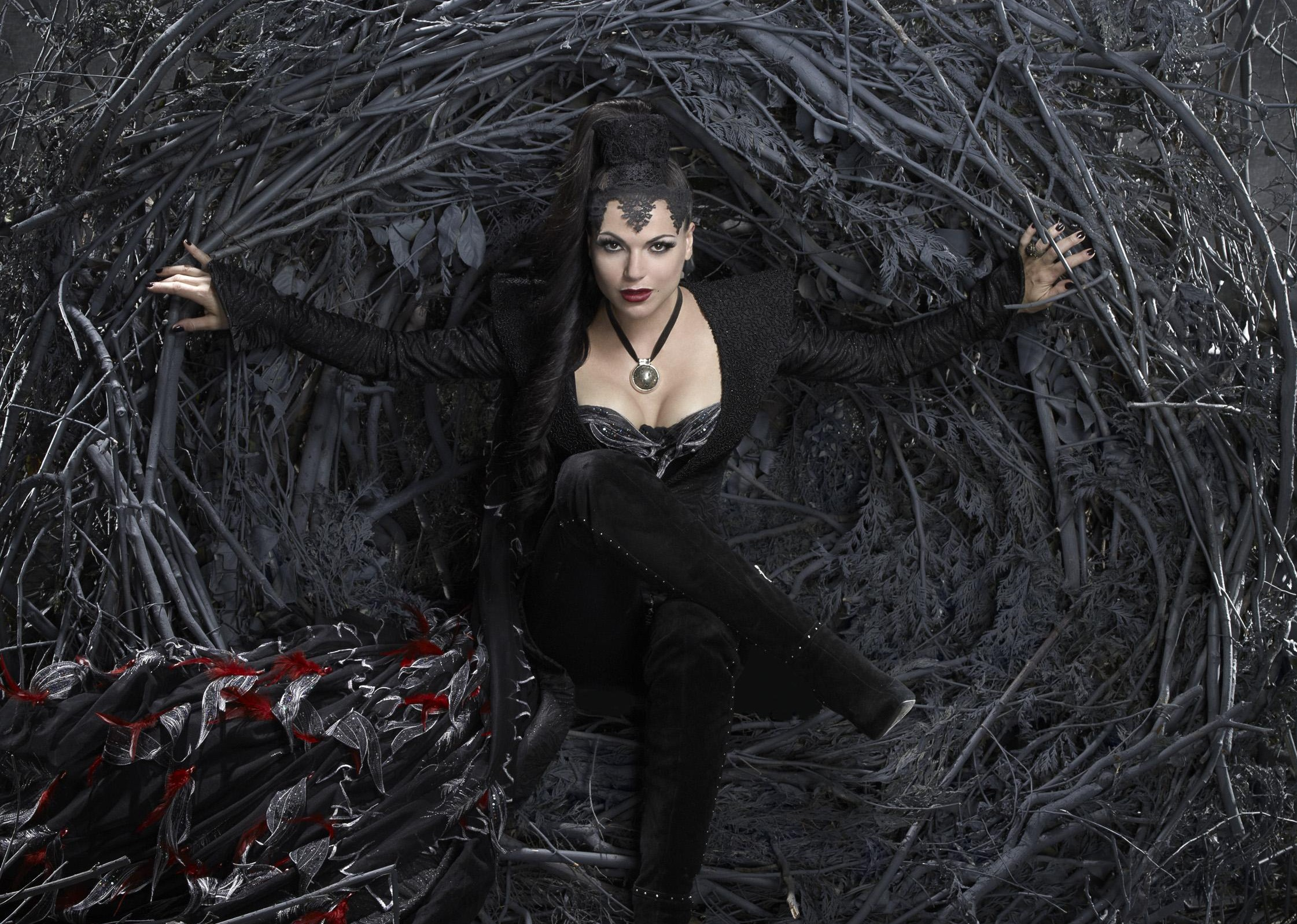 Evil Queen Once Upon A Time Outfits
