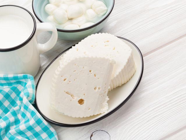 Как из творога приготовить сыр в домашних условиях из молока