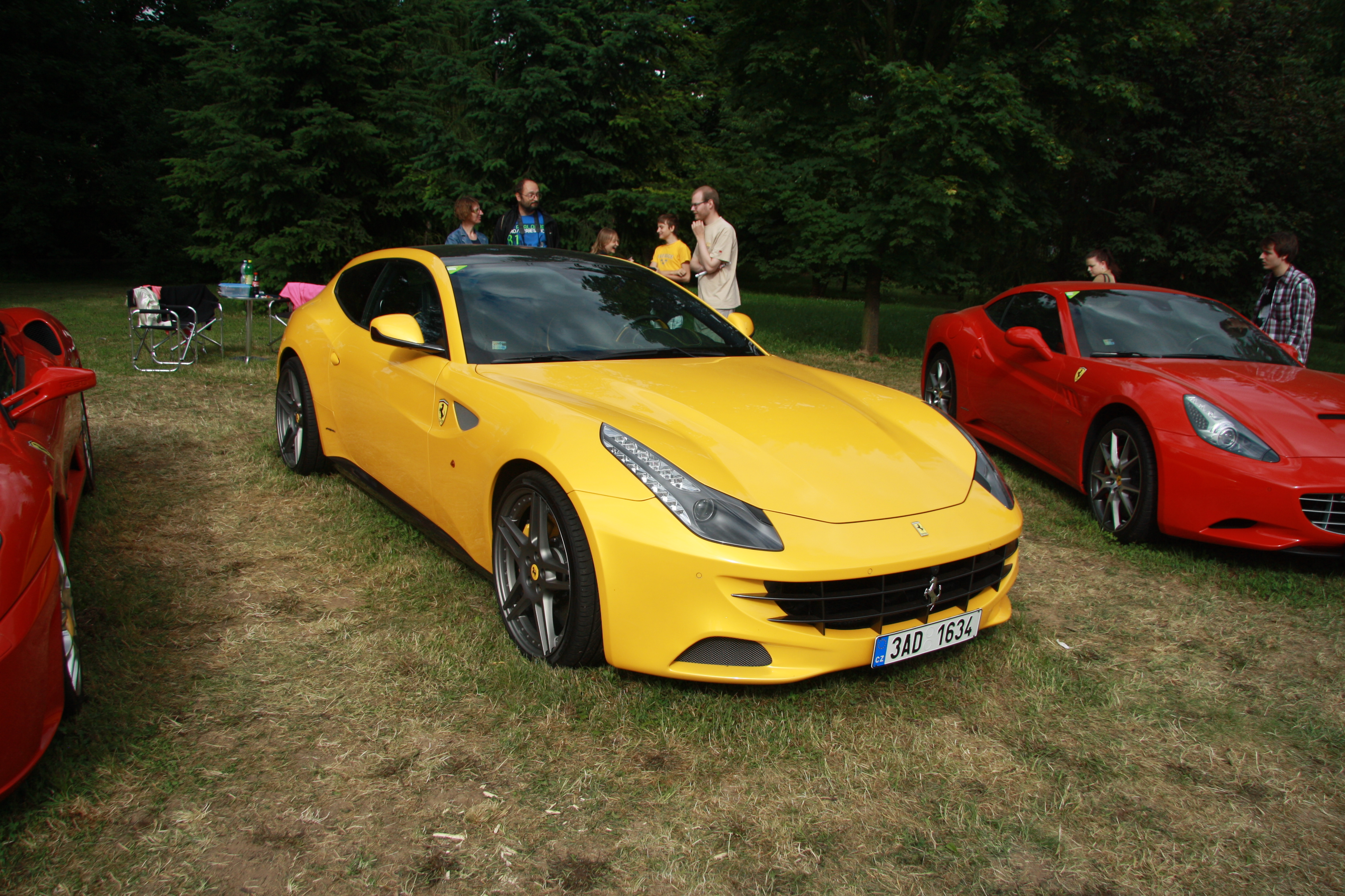 Can You Really Tell The Difference Between Ferrari And Lamborghini California Fuse Box Playbuzz