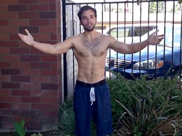 nathan kress muscles 2012. 10/ nathan kress muscles 2012