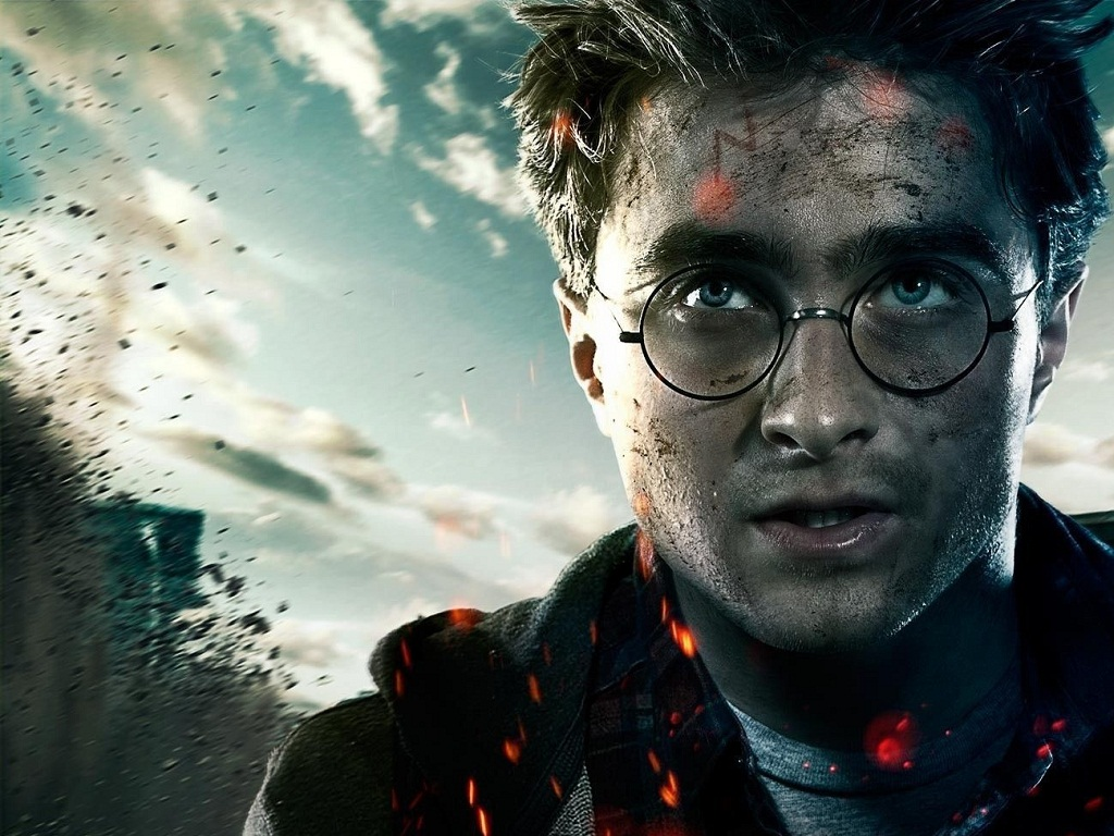 Harry potter - Daniel Radcliffe Says He Hasn T Ruled Out Playing Harry Potter As An Adult Playbuzz