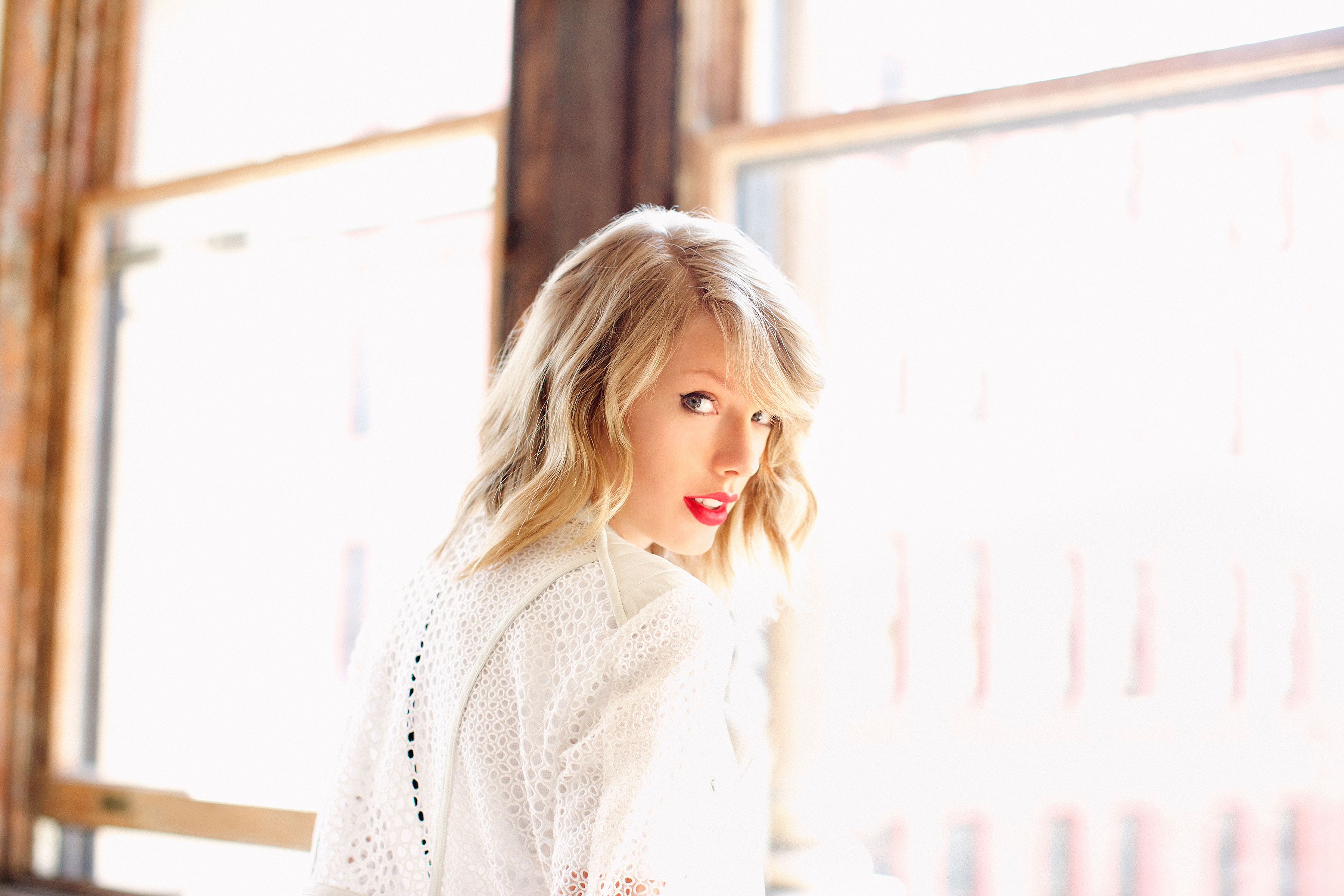 Moderno Taylor Swift Red Para Colorear Adorno - Ideas Para Colorear ...