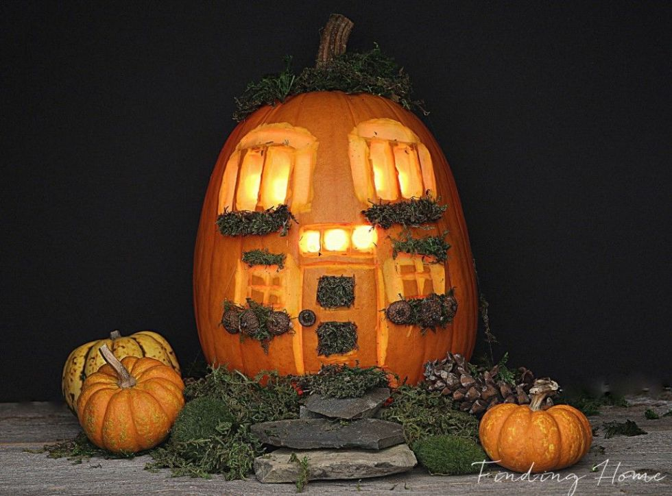 The 17 Craziest Pumpkin Carving Ideas For Halloween! | Playbuzz
