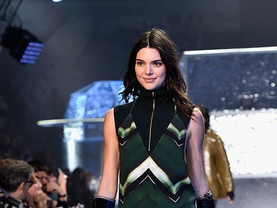 Kendall Jenner En El Fashion Week Playbuzz