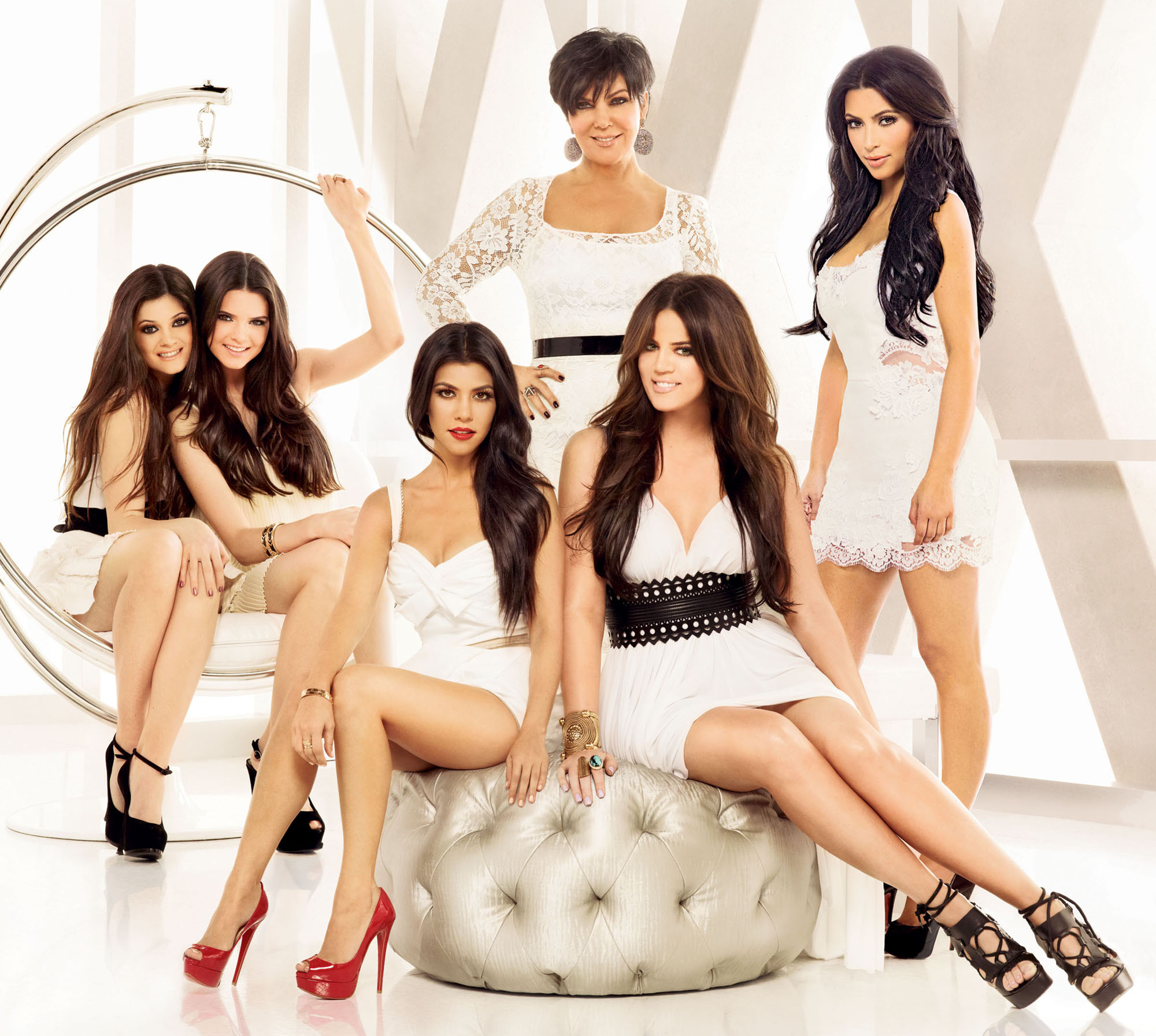 Family photo of the model famous for Keeping Up with the Kardashians (Reality TV) & New York, Milan, and Paris Fashion.