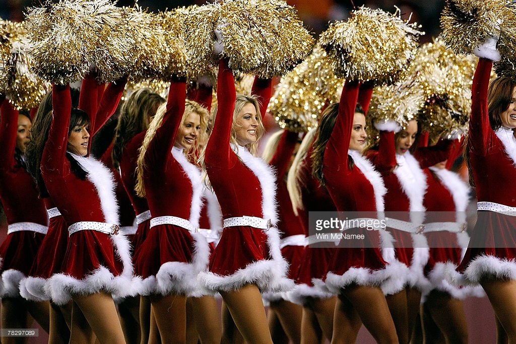 christmas crackers 12 times the nfl played on xmas day playbuzz - Nfl On Christmas 2014