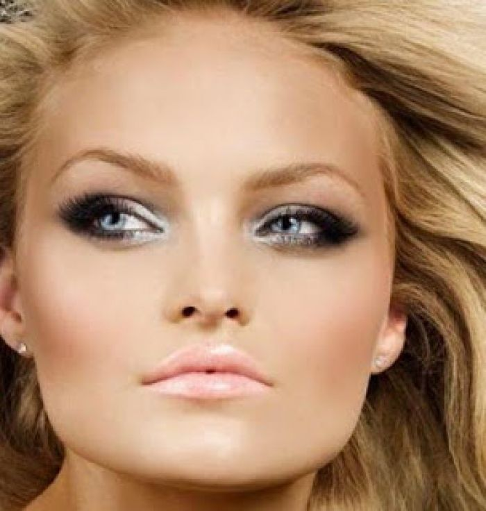 Best makeup for green eyes blonde hair