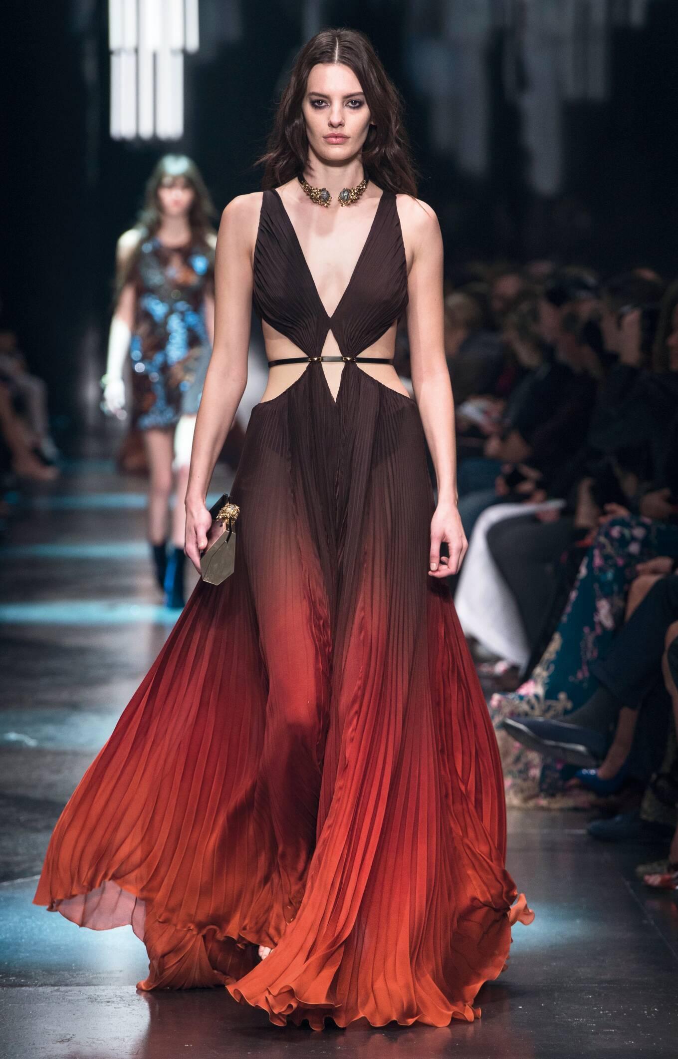 Ffa official dresses description for fashion shows