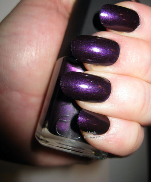 What Fall Nail Polish Color Should You Try? | Playbuzz