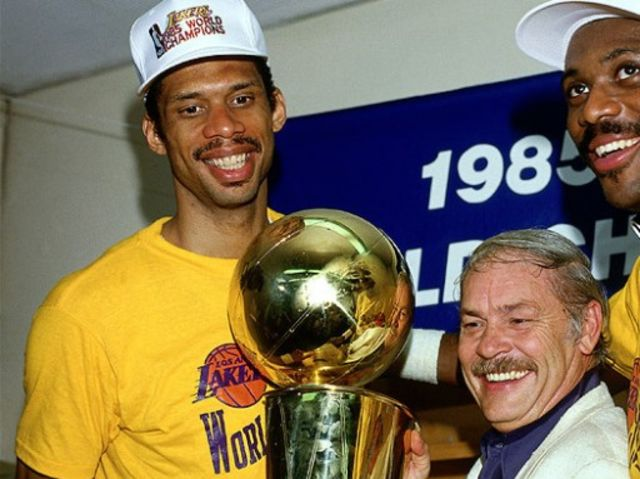 The Ultimate Lakers Quiz | Playbuzz