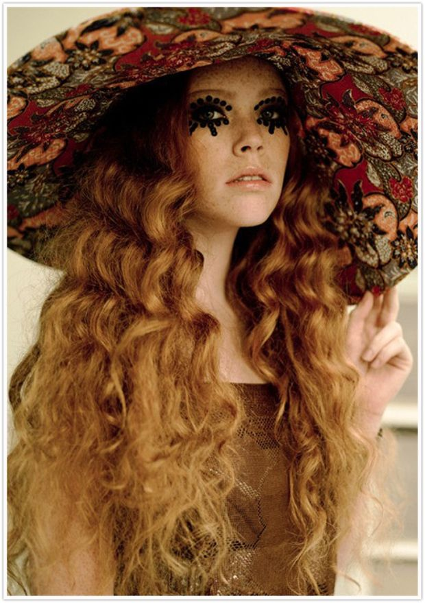 70 S Hippie Makeup And Hair