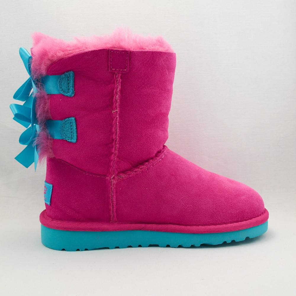 pink uggs with bows for sale. Black Bedroom Furniture Sets. Home Design Ideas