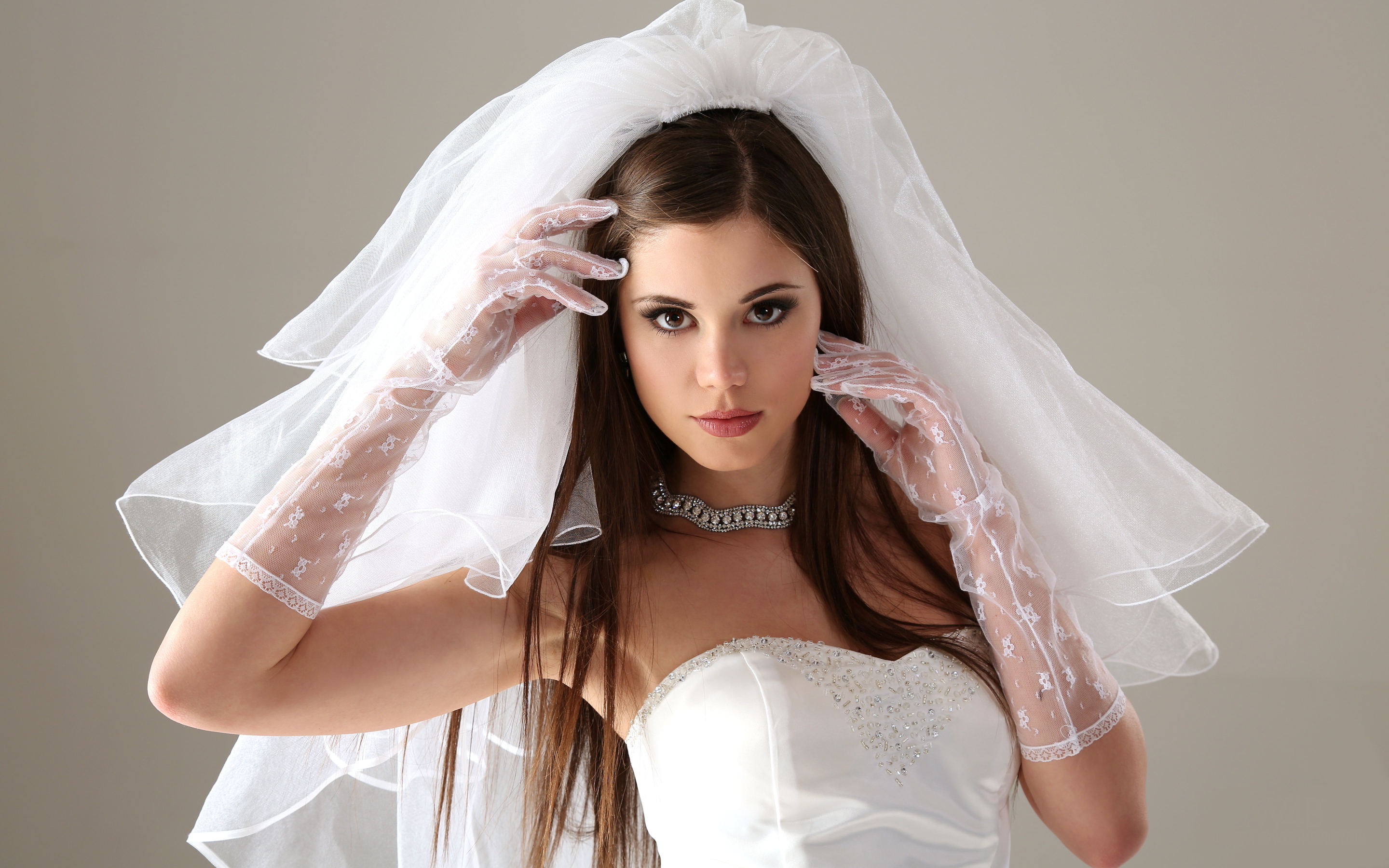Beauty mistakes all brides should be>One of the biggest mistakes brides make before the wedding day, and after a hen's night out is that they do not get enough sleep afterwards. If your body is tired it will start showing the signs, and you will not look your best. Your newly <span data-redactor=
