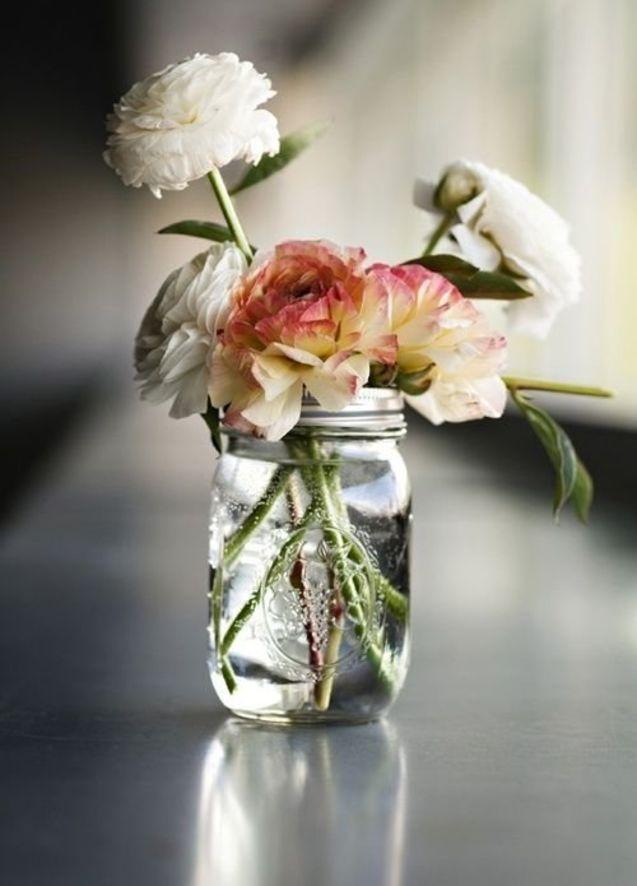 22 Diy Floral Arrangements Just In Time For Spring