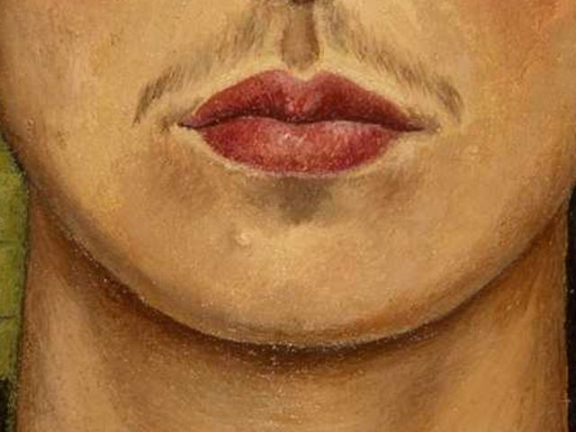 Siamo in Sudamerica, nella prima metà del 1900, a chi ha dipinto le labbra di Frida Kahlo?