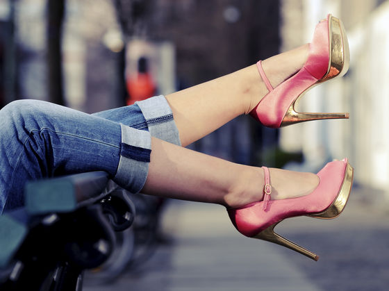 Celebrities with pretty feet
