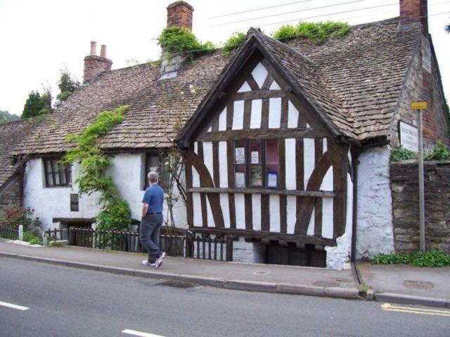 Το αρχαίο Ram Inn, Αγγλία