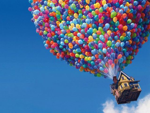 How many balloons are used to lift Carl's house in up?