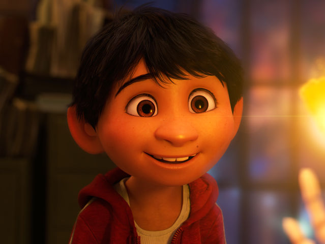 "In ""Coco"", what did Miguel want to be when he grew up?"