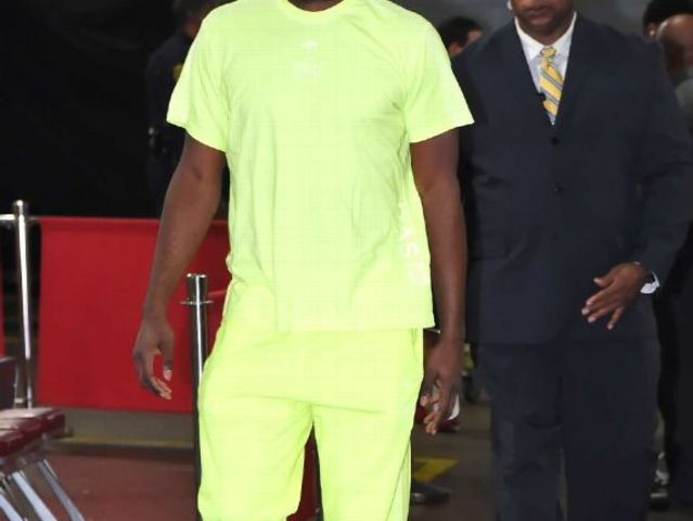 Who wore this neon highlighter fit?
