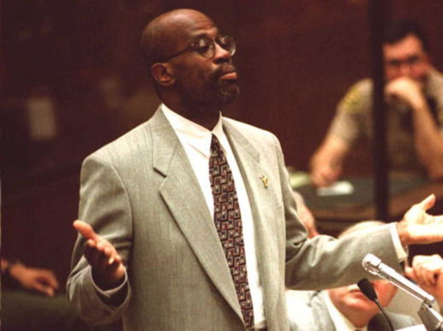 Rumors occurred that Chris Darden was in a relationship with who?