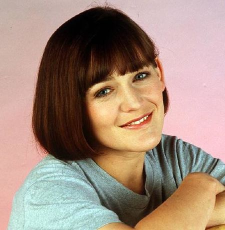 Can you remember these old-school \'Home And Away\' characters? | Her.ie