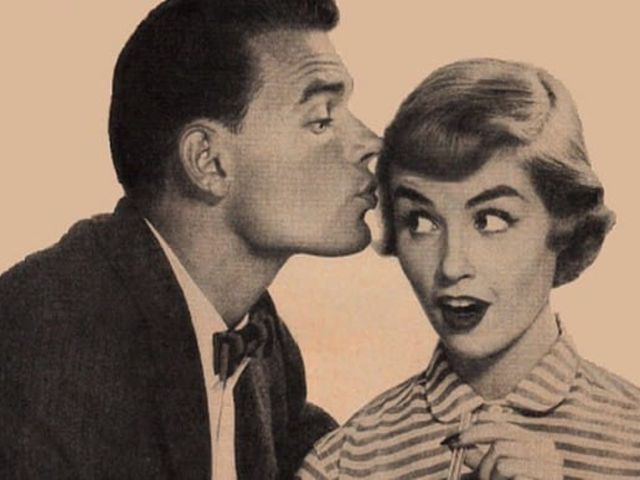 Eddie and Susan hit it off on their first date, and at the end of the evening, he leans in for a goodnight kiss. Should Susan kiss him?