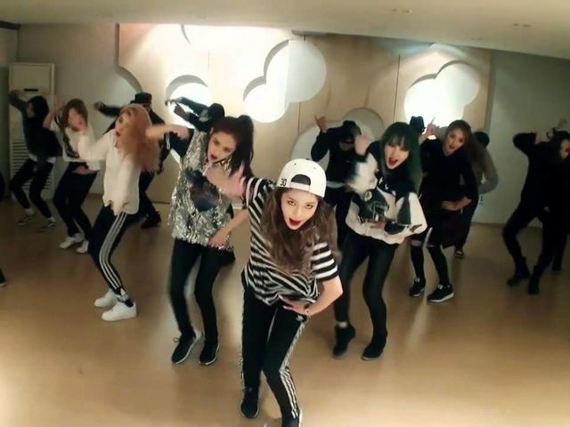 Which 4minute dance practice video is this?