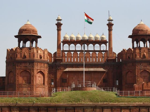 What year was India granted independence from Great Britain?