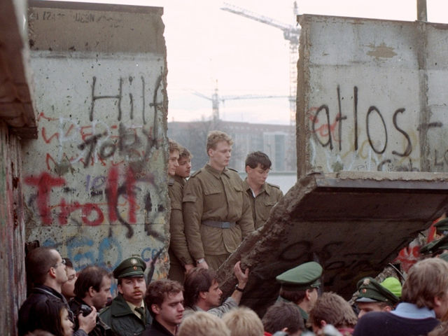 What year was the Berlin Wall torn down?