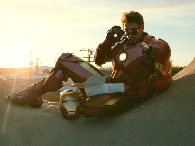 "In ""Iron Man 2"", Tony Stark ordered a box of donuts from which donut shop?"