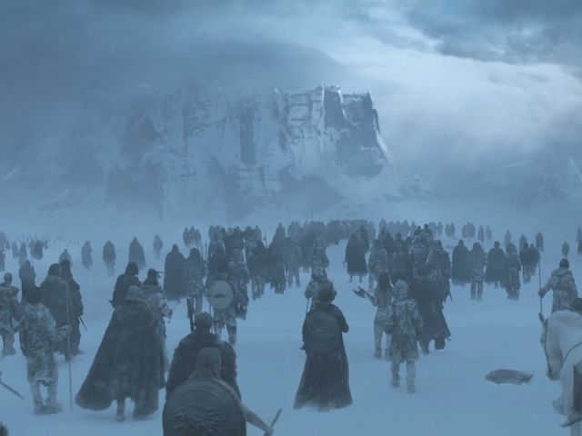 What is the name of the great structure that separates the Wildlings from the Seven Kingdoms?