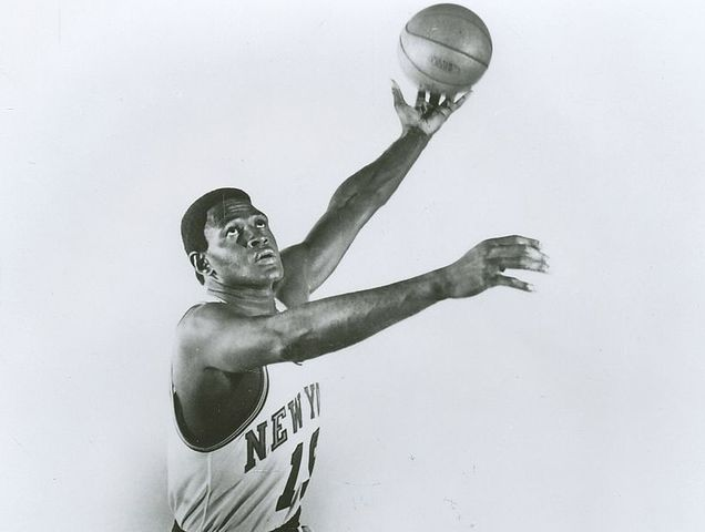 Willis Reed famously limped onto the court and played injured in game 7 of the 1970 NBA Finals. How many points did he score?