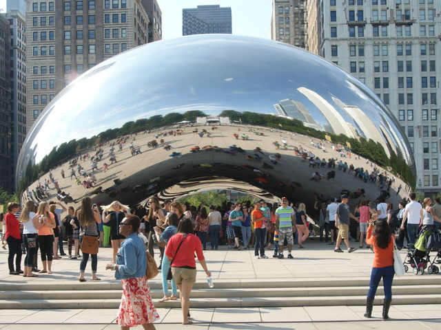 The city of Chicago in the U.S. is a great place to start a roadtrip along the famous Route 66.