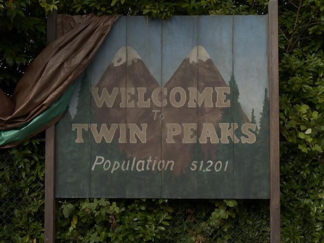 In which state of the United States of America does the fictional city of Twin Peaks exist?