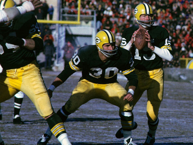 Who did the Green Bay Packers beat in what later became known as Super Bowl I?