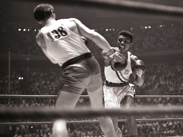 It's Olympic boxer Muhammad Ali!
