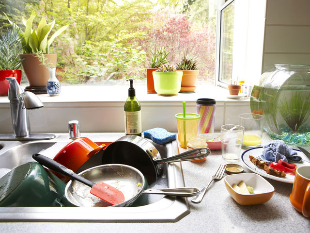 Would you consider yourself to be a tidy or messy person?