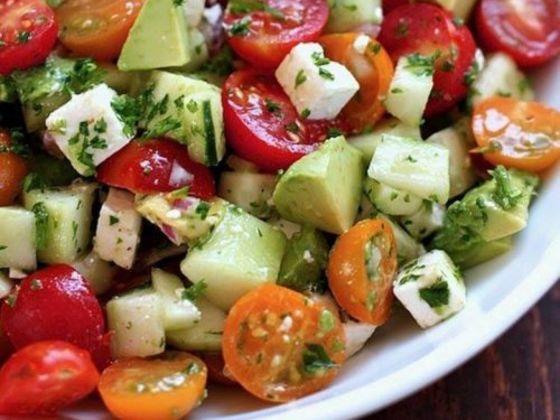 une salade pour d gonfler le ventre et perdre du poids rapidement playbuzz