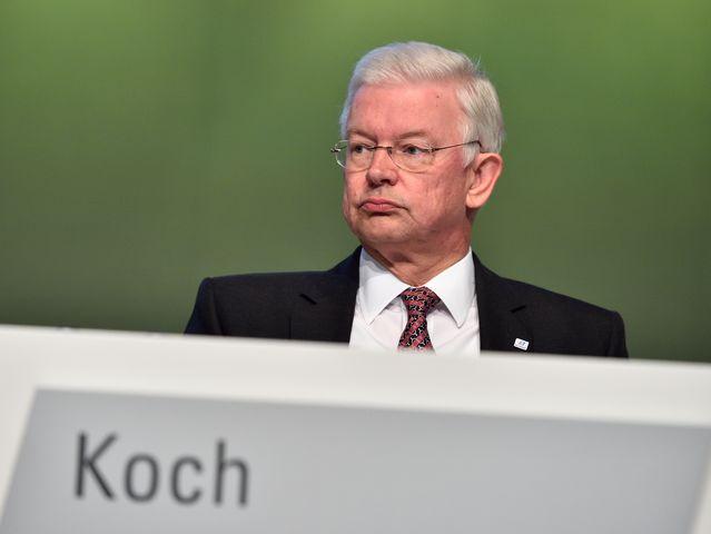Diese politiker wechselten vom politischen amt in die for Koch politiker