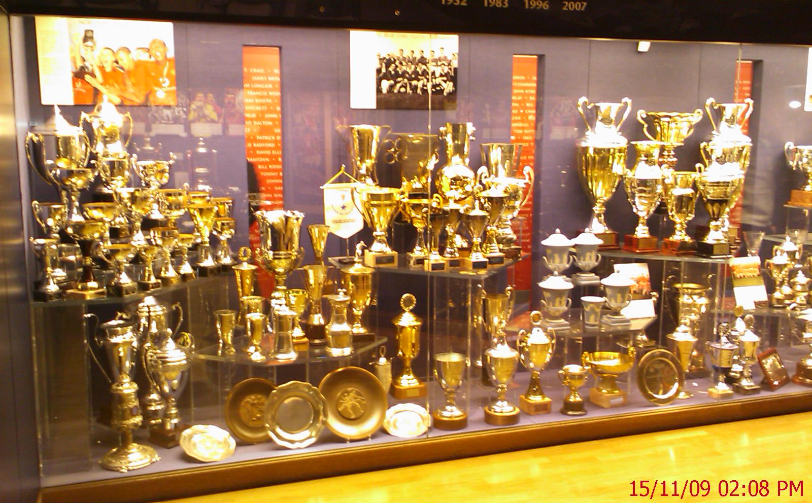 Manchester United Trophy Cabinet Memsaheb Net