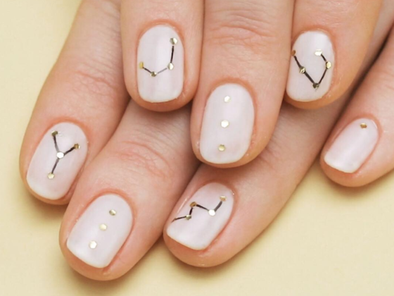 Quiz: Which Preppy Pastel Mani Should Your Zodiac Sign Rock for Back to School?