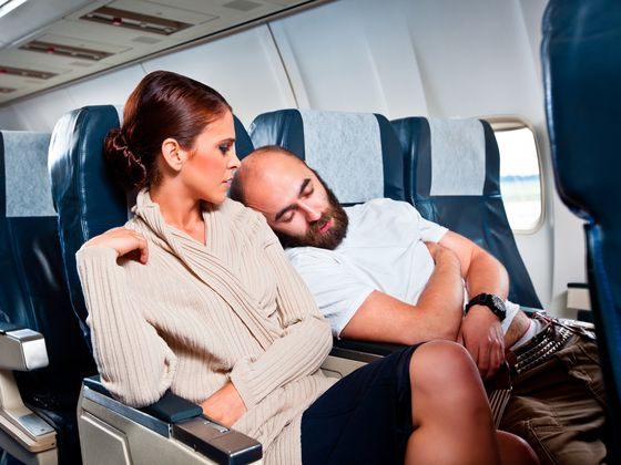Descubra se você é um passageiro mala em viagens de avião