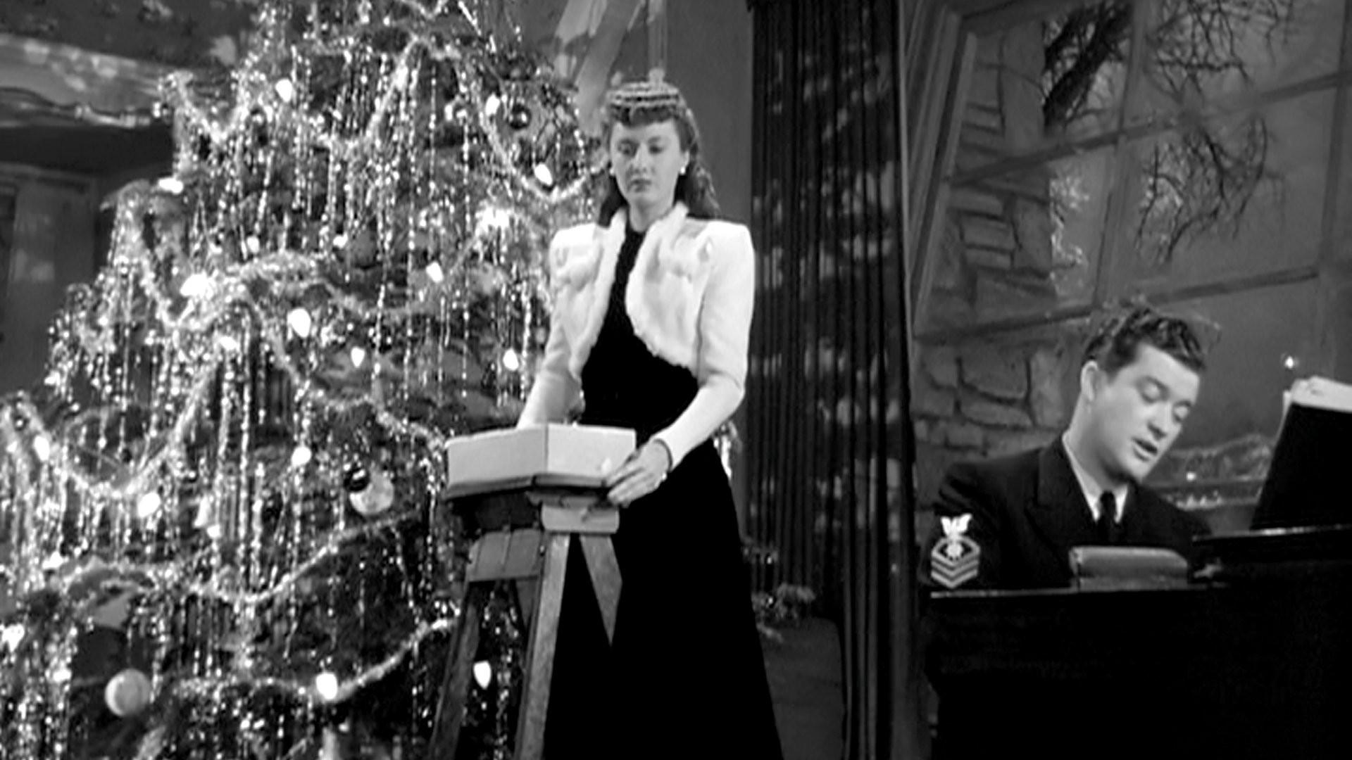 10 classic christmas movies playbuzz - Classic Christmas Movies List