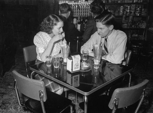 dating in the 1950s