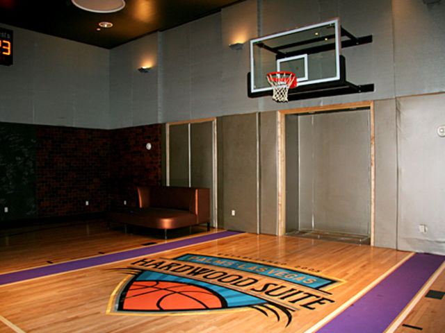 Las Vegas Hotel With Basketball Court | 2018 World\'s Best Hotels