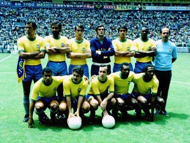 esquadrão amarelo que faz parte dos 10 maiores times da história do futebol