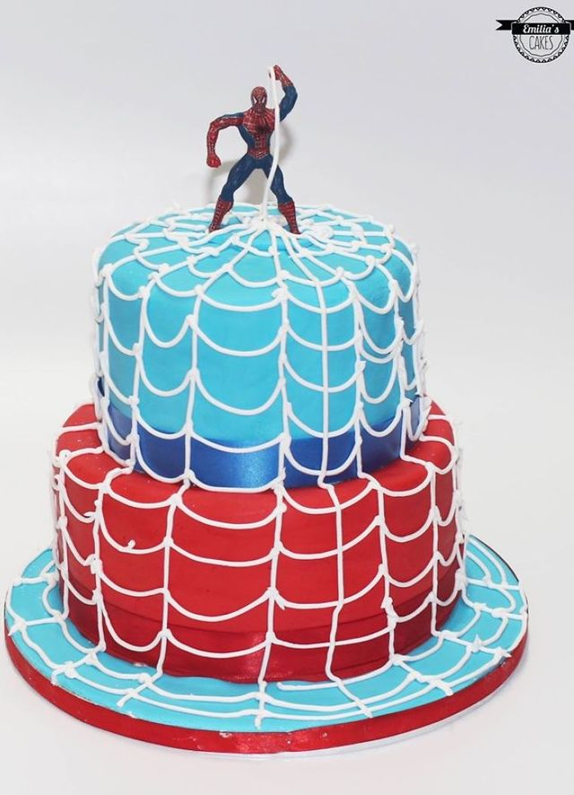 Fabulous This Cake Designer Makes The Birthday Cakes Of Your Dreams Playbuzz Funny Birthday Cards Online Elaedamsfinfo