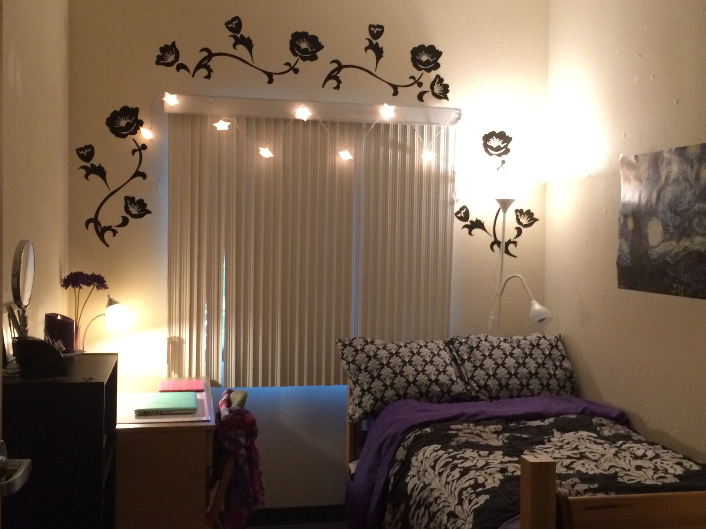 Decorate A Dorm Room And We Ll Tell You Which Ivy League School Will Accept
