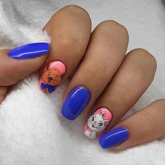 Disney Nail Art. Mickey Minnie Mouse Kiss Ears Mr Mrs Disney Nail ...